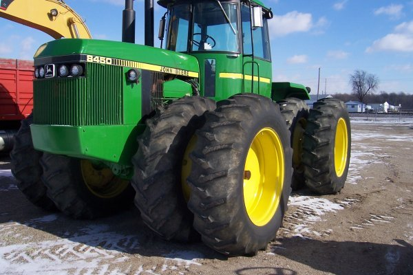 1018: JD 8450 Tractor