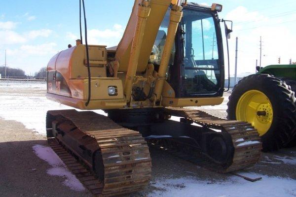 1019: Cat 315CL Excavator