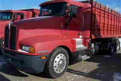 1020: Kenworth Tandem Truck