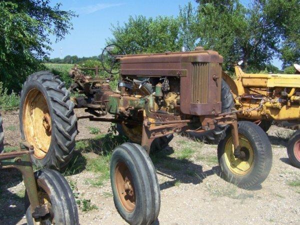 177: John Deere 420 High Crop Antique Farm Tractor