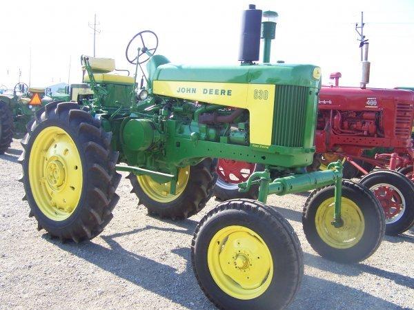 41: John Deere 630 Hi Crop Farm Tractor