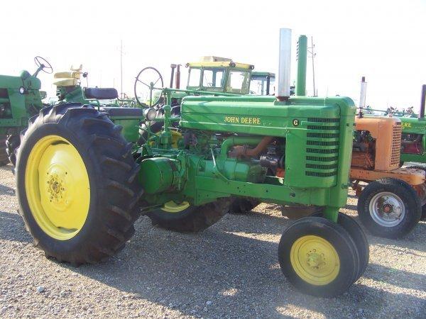 259: John Deere G Narrow Front Antique Tractor
