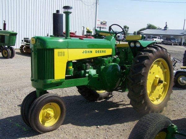 261: John Deere 630 Narrow Front Antique Tractor