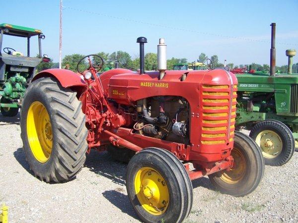 285: Massey Harris 555 Gas Antique Tractor