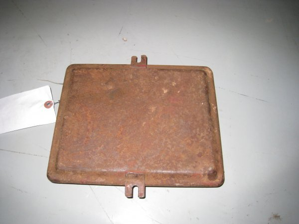 19477: International Battery Lid