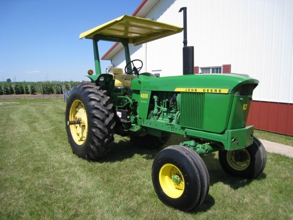 19763: 1972 John Deere 4000 Power shift Ser. # 261169