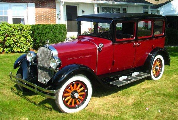 1044: Finely restored 1928 Dodge Bros. sedan
