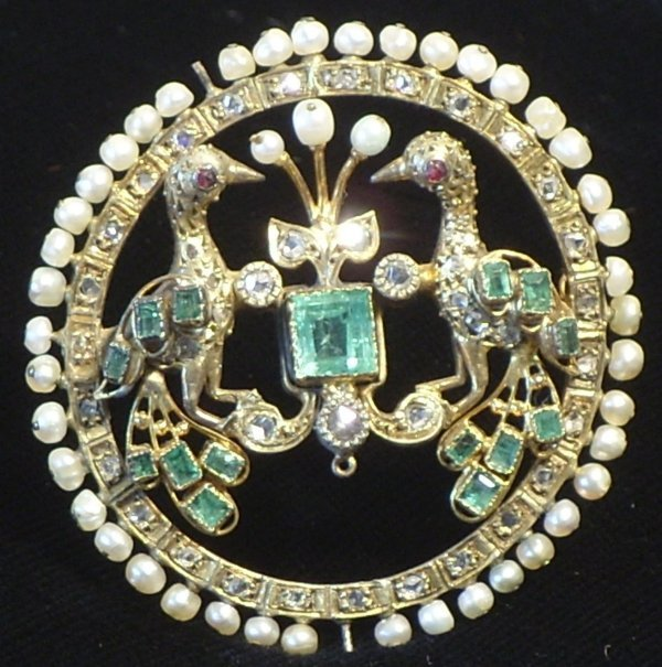 45: Renaissance Style Gold, Emerald & Diamond Brooch