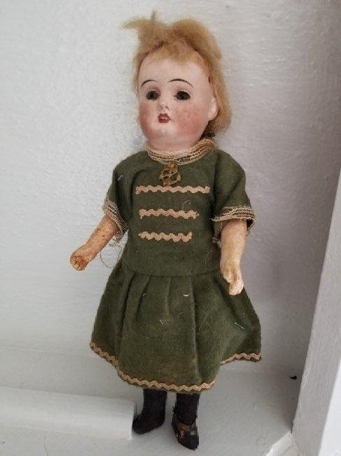 Heinrich Handwerk doll, Orig Clothing