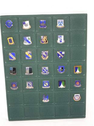 Lot 24 US Army Armored Infantry Regiment DUI Pin Crest