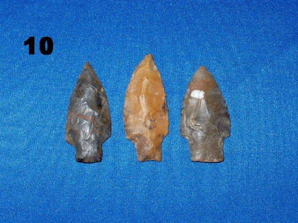 "10: Group of 3 stemmed points Longest 2 11/16"" Limeston"