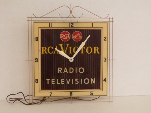 1009: RCA VICTOR CLOCK