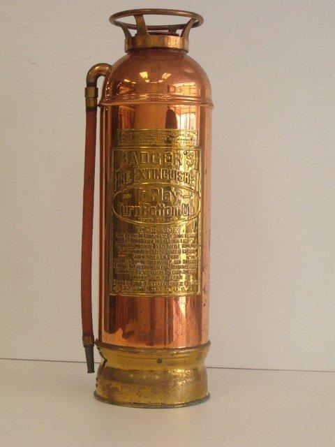 1010: BRASS FIRE EXTINGUISHER W/ BRASS BOTTOM