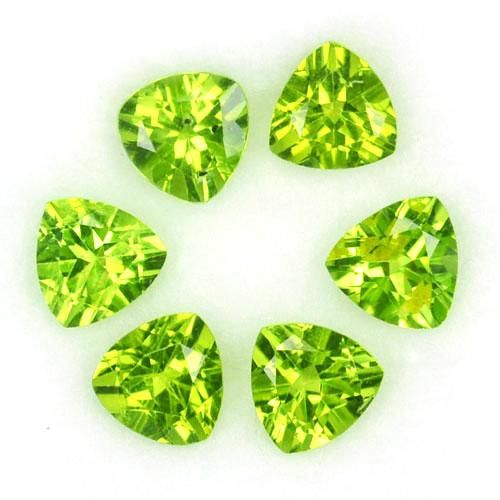 Natural Peridot 6x6 MM Trillion Faceted Cut 25 Pieces