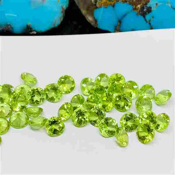 Peridot 4 MM Round Faceted Cut 100 Pieces