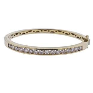 14k Gold 2.56ctw Diamond Bangle Bracelet