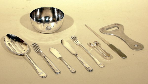 16: Glen Line, a quantity of cutlery including vegetabl