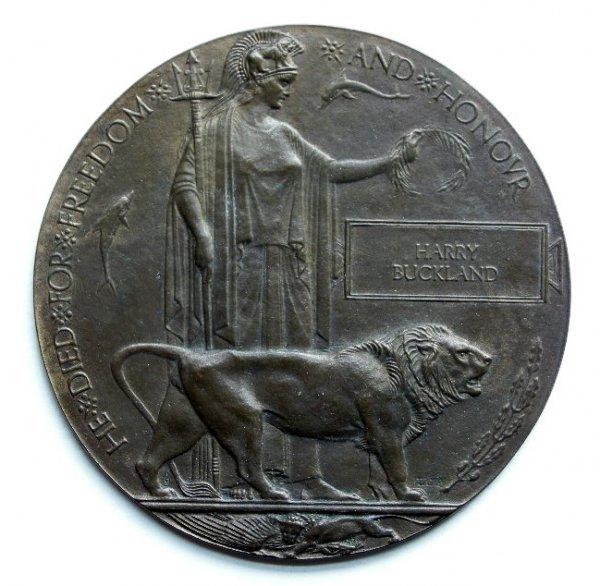 1001: Original medals and badges