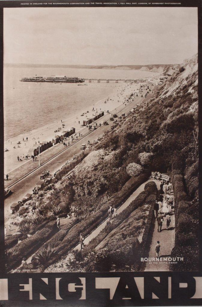 19: Val Doone photographer  Eastbourne - England, origi