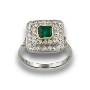 PLATINUM RING WITH DOUBLE DIAMOND BORDER
