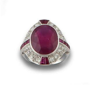 PLATINUM DECO RING WITH RUBY DIAMONDS