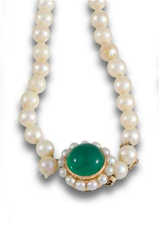 CULTURED PEARL NECKLACE GOLD CLASP AGATE