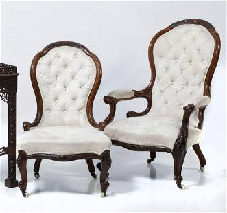 Pair of armchairs with capitonné backrest