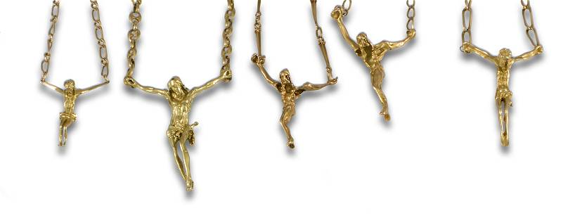 LOT 5 HANGING CHAINS CHRIST