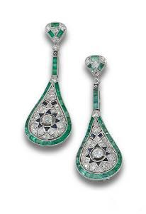 DECO PLATINUM EMERALD DIAMOND EARRINGS
