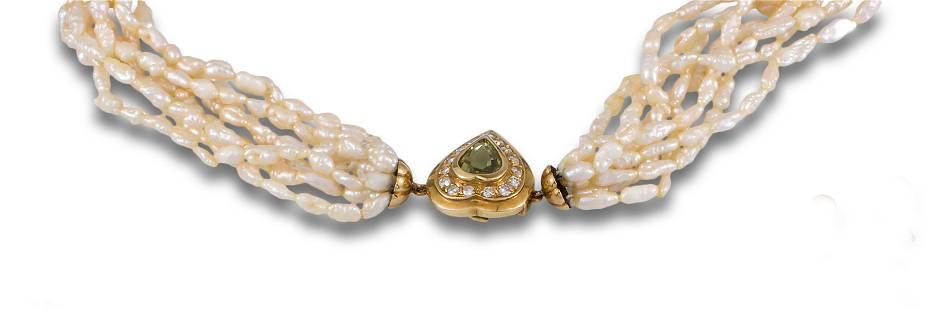 RIVER PEARL NECKLACE GOLD CLASP PERIDOT DIAMONDS