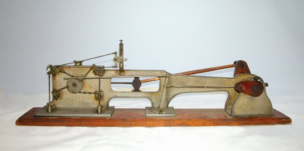 1: AN EARLY CORLISS STEAM ENGINE DEMO MODEL