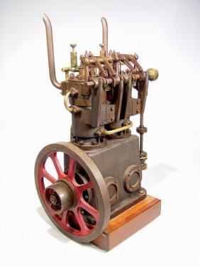 CA.1910 PROTOTYPE TWIN CYL. VERTICAL DIESEL ENGINE