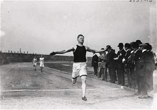 JIM THORPE Native American Legend Wins 200 Meter 1912