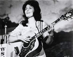 LORETTA LYNN Country Star Nashville Rebel 1966 vintage