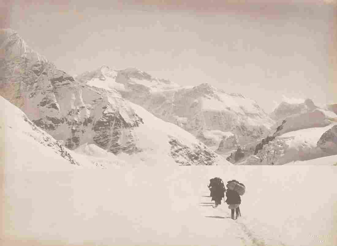 HIMALAYAS Kangchenjunga from Johnsong La Sublime