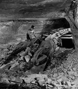 WILLY RONIS Dynamic Mining scene 1940