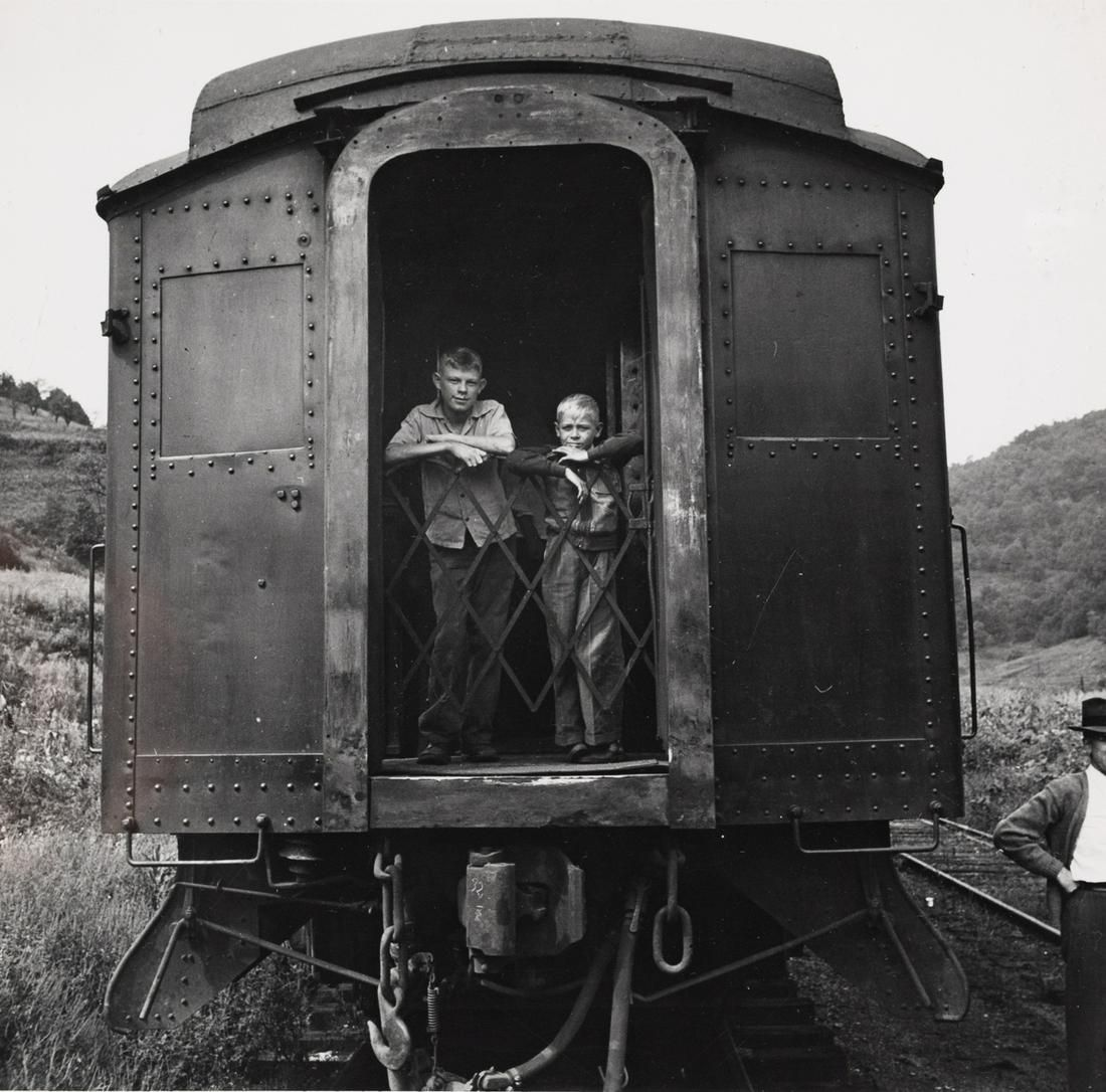 JOHN COLLIER Iconic FSA Train Ride 1942 vintage