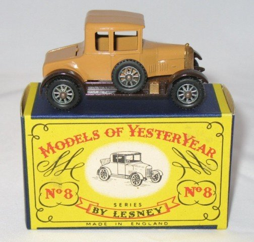 12: Matchbox Yesteryear Y8-1 Morris Cowley Bullnose - 1