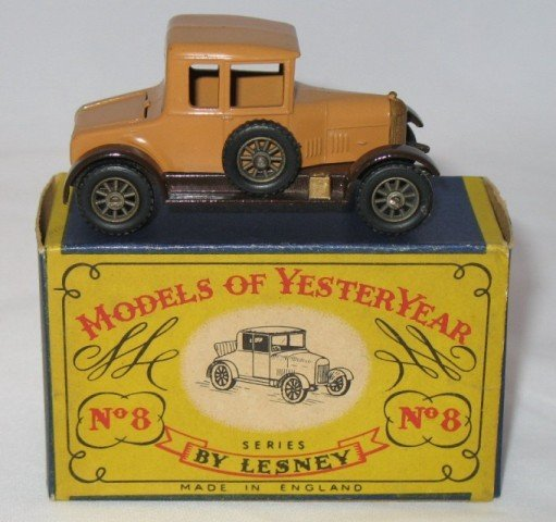 13: Matchbox Yesteryear Y8-1 Morris Cowley Bullnose - 2