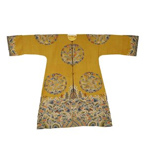 QING DYNASTY,A FINE AND RARE YELLOW GROUND EMBROIDERY