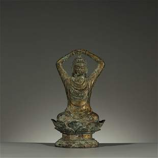 LIAO DYNASTY,AN EXTREMELY RARE GILT-BRONZE BUDDHA
