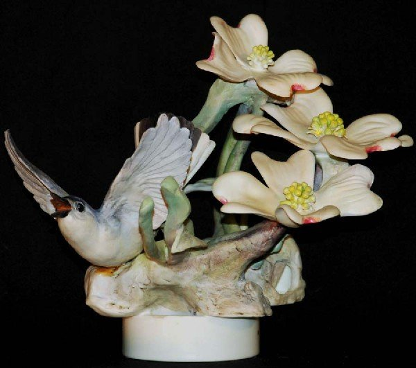 17: Dorothy Dougherty - Royal Worcester Porcelain - Blu