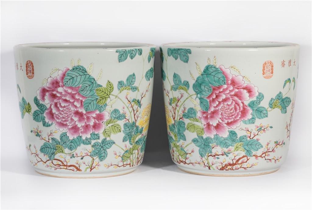 Pair Famille Rose Jardiniere Guangxu Period