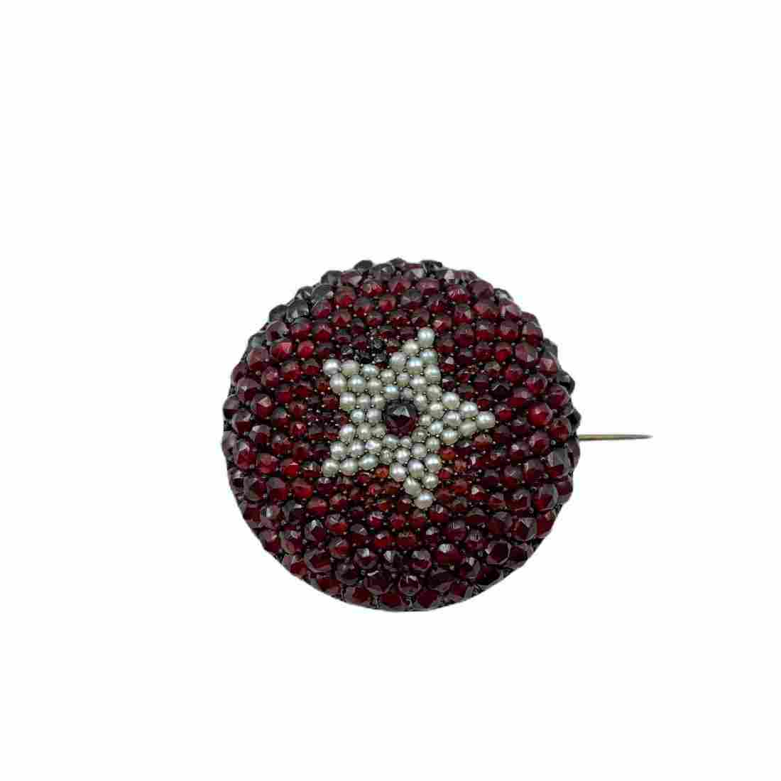 Early Victorian Garnet and Seed Pearl Star Brooch