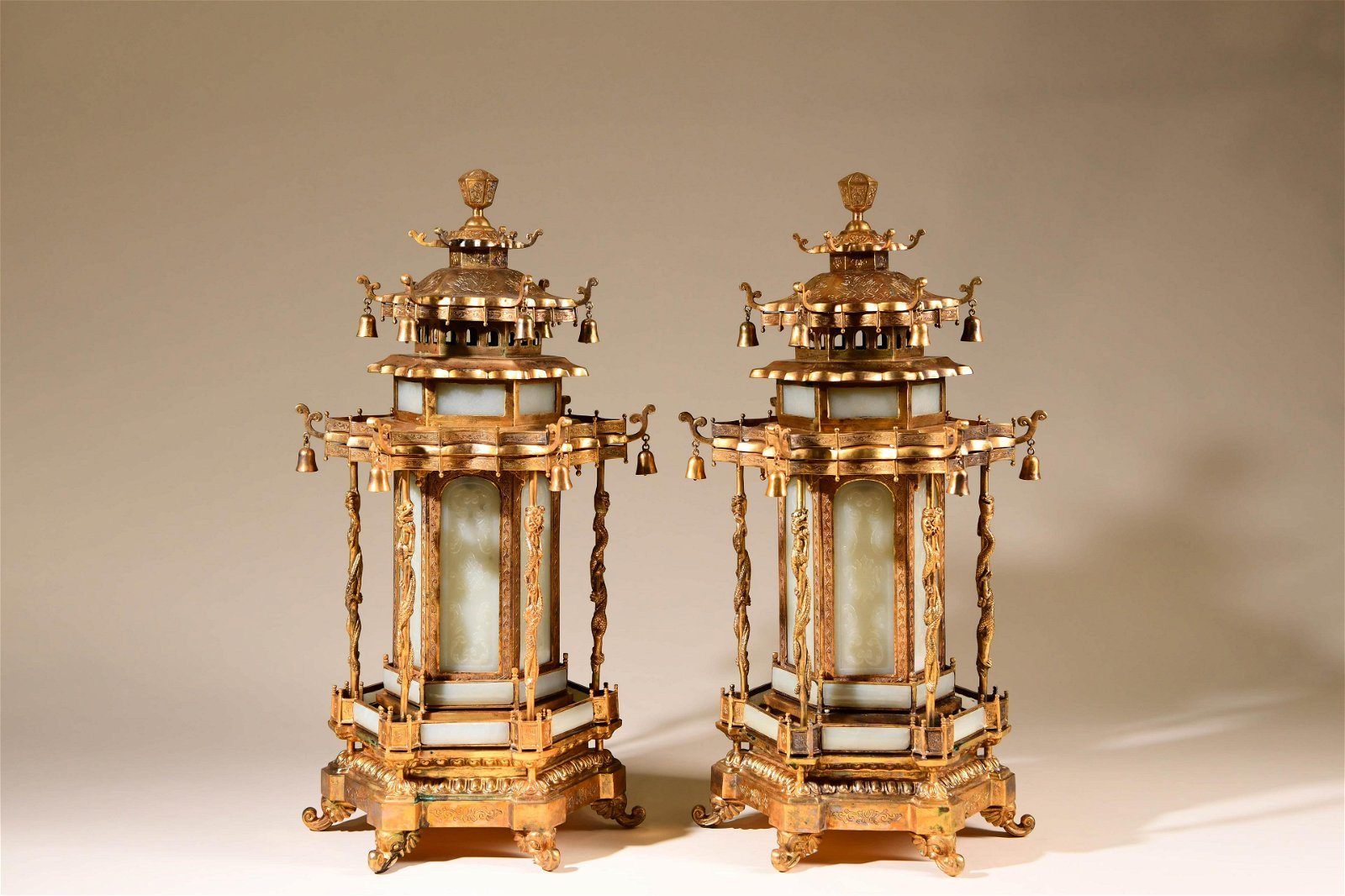 A Pair of Chinese Bronze Gilding Lanterns Inlaid with