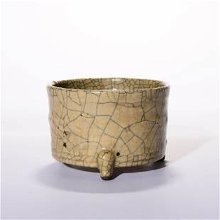 A Guan-Ware Crackle Censer