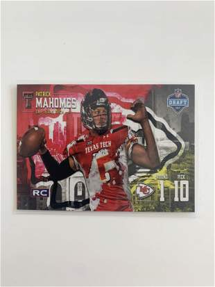 2017 NFL DRAFT PRO FOOTBALL #RC PATRICK MAHOMES CARD