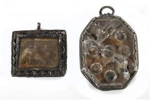 A pair of 17th century Spanish silver reliquary