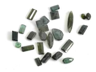 A collection of 28 loose Verdelite tourmalines