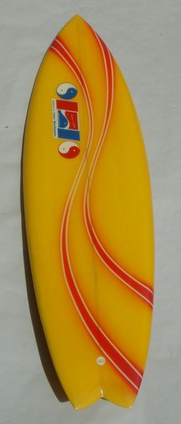 74M: Larry Bertlemann Hawaiian Pro Design Twin Fin